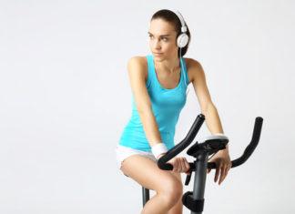 Rowerki stacjonarne – jaki trening można na nich wykonywać?