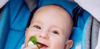 O czym należy pamiętać podczas karmienia niemowlęcia butelką?