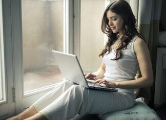 Jak działa videoterapia online?