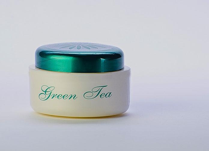 krem z dodatkiem zielonej herbaty