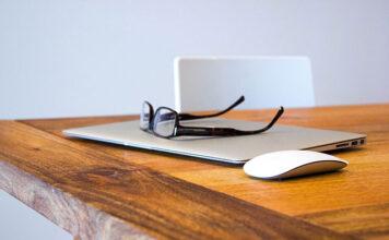 Jak pozbyć się okularów i czy operacja refrakcji to dobry wybór