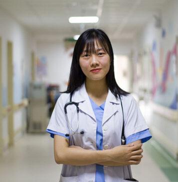 Damskie bluzy medyczne